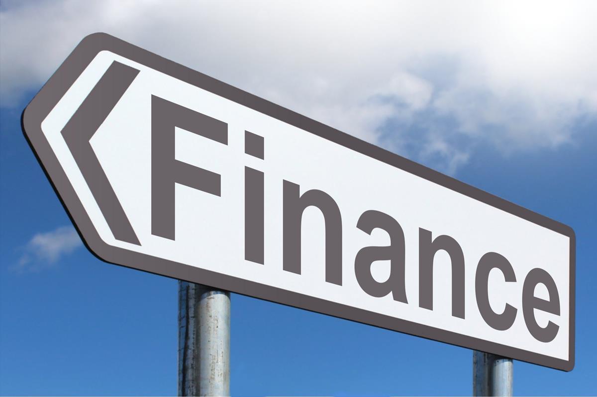 finance sign forward